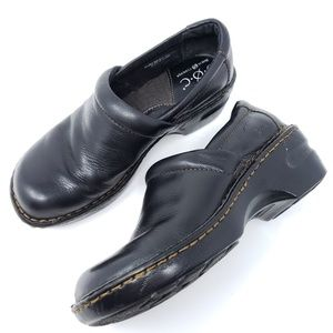 Born Clogs Loafers Solid Black Pebbled Leather